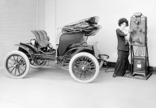 electric auto history